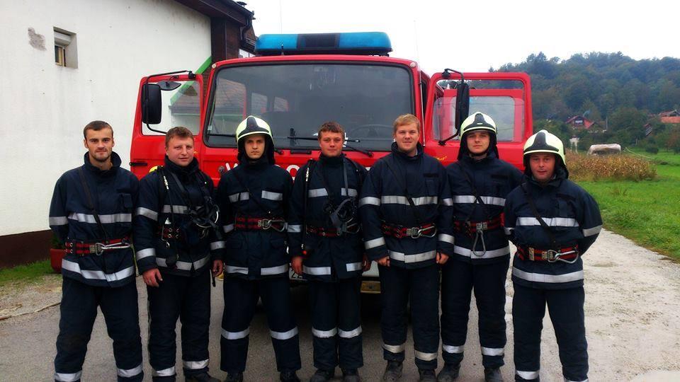 12 Javna vatrogasna vježba Gornje Ladanje